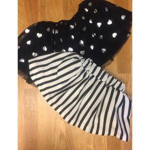 Bundle of two skirts.